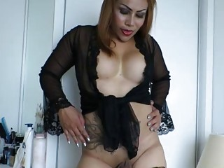 Fat Shemale Yoyo Strips And Strokes Small Dick