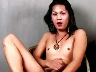 Black-haired cutie likes to jerk off for you