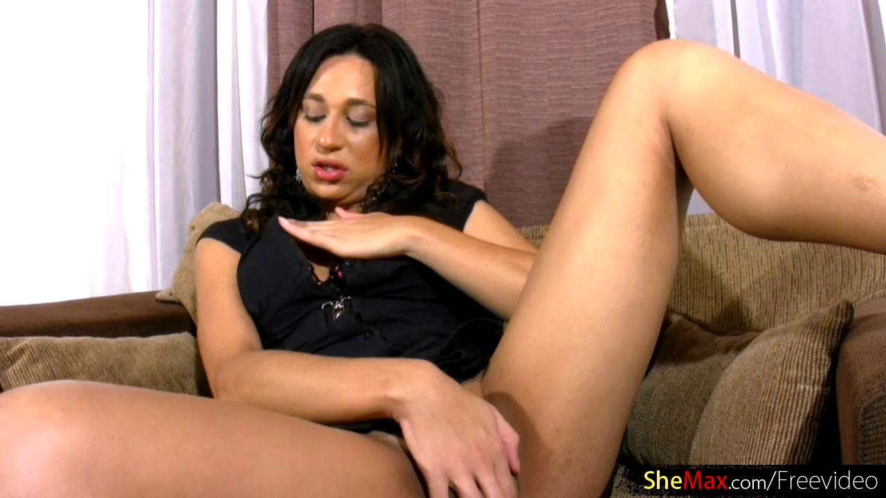 Real Shemale Masterbate - Watch a hot shemale masturbate passionately - aShemale.one